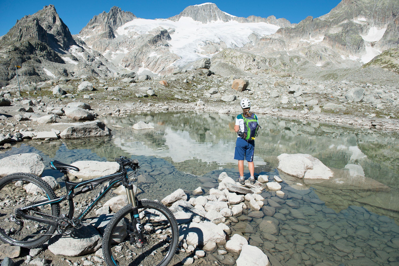 Sommeraktivität-Bike-Albert-Heim-Hütte-Realp